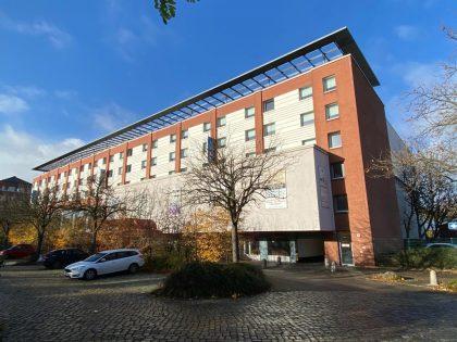 Wohn- und Geschäftshaus und Hotel mit 148 Zimmern gesammt ca. 16.800 m² Wandsbek Hamburg